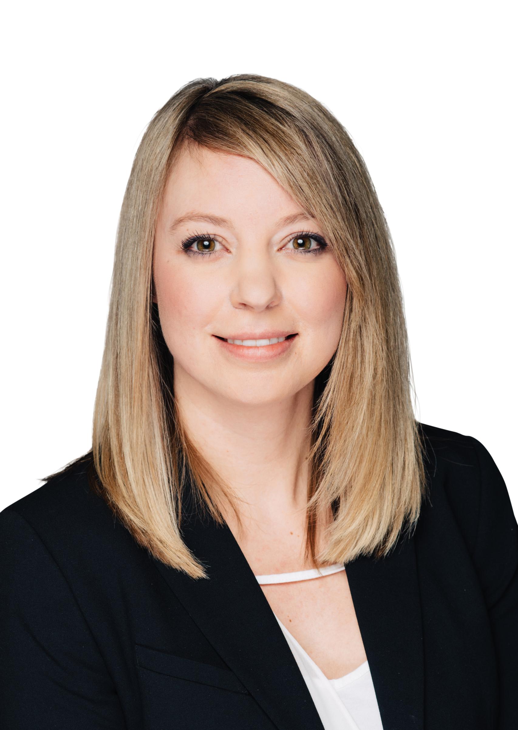 Suzanne Dixon headshot